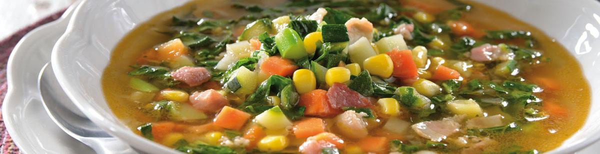 Sopa de Espinaca y Mezcla Juliana